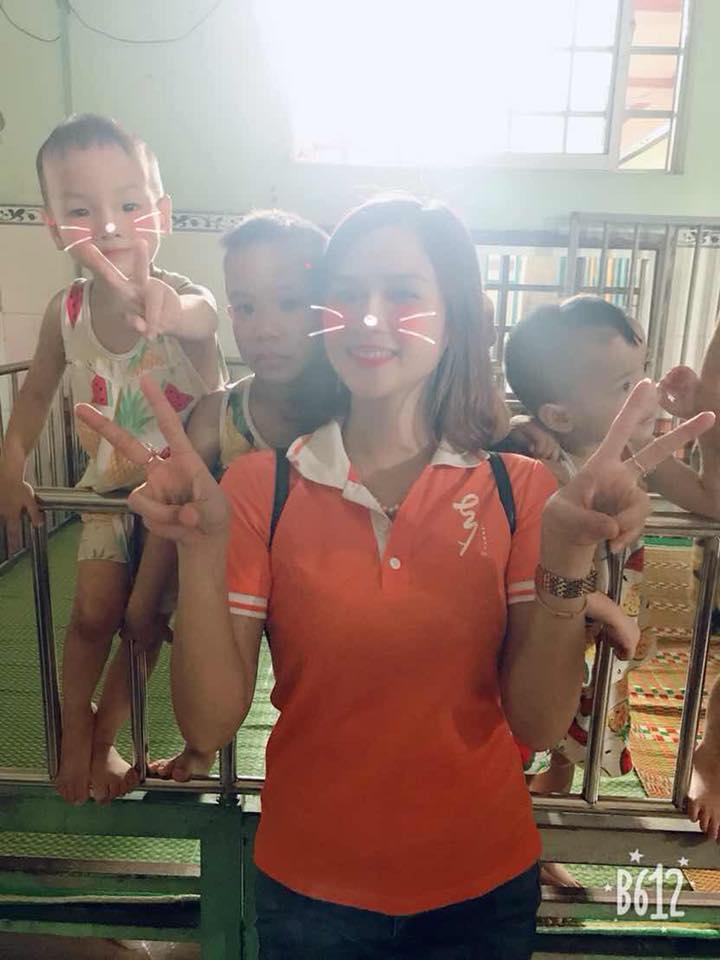từ thiện tại chùa Quang Châu